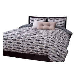 SIS Covers - SIS Covers Crustacean Sand Duvet Set - 6 Piece Queen Duvet Set - 5 Piece Twin Duvet Set Duvet 67x88, 1 Std Sham 26x20, 1 16x16 dec pillow, 1 26x14 dec pillow. 6 Piece Full Duvet Set Duvet 86x88, 2 Std Shams 26x20, 1 16x16 dec pillow, 1 26x14 dec pillow. 6 Piece Queen Duvet Set Duvet 94x98, 2 Qn Shams 30x20, 1 16x16 dec pillow, 1 26x14 dec pillow. 6 Piece California King Duvet Set Duvet 104x100, 2 King Shams 36x20, 1 16x16 dec pillow, 1 26x14 dec pillow6 Piece King Duvet Set Duvet 104x98, 2 Kg Shams 36x20, 1 16x16 dec pillow, 1 26x14 dec pillow. Fabric Content 1 80 Polyester 20 Cotton. Guarantee Workmanship and materials for the life of the product. SIScovers cannot be responsible for normal fabric wear, sun damage, or damage caused by misuse. Care instructions Machine Wash. Features Reversible Duvet and Shams.