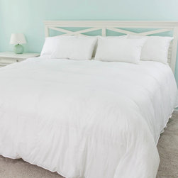 None - Dorchester Luxury 800 Fill Power German Batiste White Goose Down Comforter - Keep yourself warm with the exquisite German milled Egyptian cotton batiste fabric comforter. The Dorchester 800 fill power white goose down comforter is the luxury crowning jewel of down bedding.