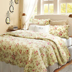 None - Blooming Summer 3-piece Quilt Set - This beautiful quilt set features a floral design reminiscent of summer. This Blooming Summer quilt set has been pre-washed and pre-shrunk.