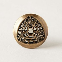 """Anthropologie - Heraldry Knob - Tighten with careHardware includedBrass1.5"""" - 1.75""""H, 1.5"""" - 1.75""""W0.75"""" - 1.5"""" projection1.75"""" bolt can be trimmed to sizeImported"""