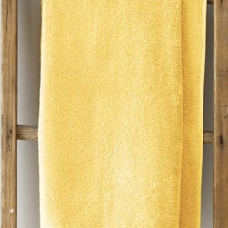 Garnet Hill - Garnet Hill Signature 600-Bath Towel - Sun Yellow - These thirsty bath towels are made of the finest long-staple Egyptian cotton. The extra-thick 600-gram cotton terry has long loops that are specially finished to provide maximum absorbency. Double-stitched hems for durability. Generously sized, these towels are made in Turkey exclusively for Garnet Hill. Bath mat is 800-gram terry. Monogramming is available.