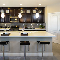 Contemporary Kitchen by Sonoma Real Estate Photography