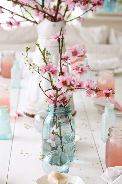 Shabby chic  by Dreamy Whites