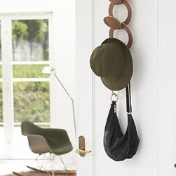 Ren - Wooden Nesting Hook for Clothes, Hats, Bags and Accessories - Ren nesting hook adds a nice accent to any room.