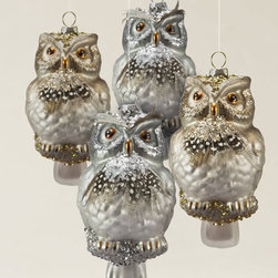 Balsam Hill - Woodland Owl Ornament Set - Balsam Hill® Woodland Owl Ornament Set features four 5.25'' blown glass owl ornaments. They come in bold hues of gray, platinum, gold, and brown. These owls exude the quaint woodsy charm found in all of our signature Woodland decorations that exude quaint Christmas charm.
