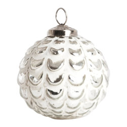 Saro - Glass Ball Ornament, Silver SET/4 - Add some sparkle to the table with decorative ornaments for the holiday season.