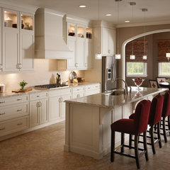 Kitchen, Classically Traditional, Photo 81 - KraftMaid Photo Gallery