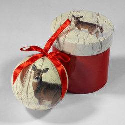 Christmas Imagery - This Christmas ornament highlights winter wildlife and the simplicity of country living.
