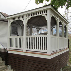 Traditional  by North Country Sheds
