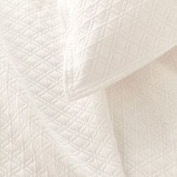 Pine Cone Hill - diamond matelasse coverlet (ivory) - Lightweight, easy-care cotton featuring a subdued geometric pattern. Available in a variety of colors ranging from bright and vibrant to demurely neutral. The perfect basic to dress up any bed. Pair coverlets with matching shams or mix with complementary colors for a fun look. Shams feature envelope back closure.��This item comes in��ivory.��This item size is��various sizes.