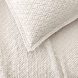 Pine Cone Hill - diamond matelasse coverlet (platinum) - Lightweight, easy-care cotton featuring a subdued geometric pattern. Available in a variety of colors ranging from bright and vibrant to demurely neutral. The perfect basic to dress up any bed. Pair coverlets with matching shams or mix with complementary colors for a fun look. Shams feature envelope back closure.��This item comes in��platinum.��This item size is��various sizes.