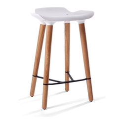 Quinze & Milan - Quinze & Milan Pilot Kitchen Stool - Glossy meets matte, light meets durable. Pilot is smart, beautifully detailed, and available in 3 sizes.