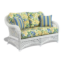 Lanai White Wicker Loveseat
