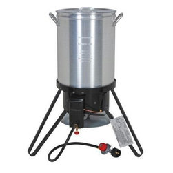 "Brinkmann - Brinkmann Outdoor Turkey Fryer Kit - 30 qt. Stockpot Turkey Fryer and outdoor gas stove, aluminum stockpot and 45,000 BTU cast iron burner, over-temperature sensor shuts off gas flow automatically, poultry rack with grab hook, vented lid, 12"" thermometer and once ounce seasoning injector included."