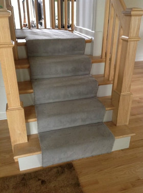 Home Water Fall Stairs : Carpet runner - served or rolled, Hollywood or waterfall