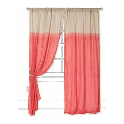 Quarter Color Curtain - Color blocking? Check! Coral? Check! Cover up your windows with these rich and dramatic curtains. They are so modern, so fresh and so summer..
