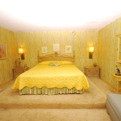 eclectic  70s yellow bedroom