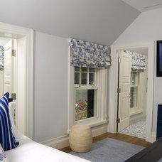 Contemporary Bedroom by OBM International