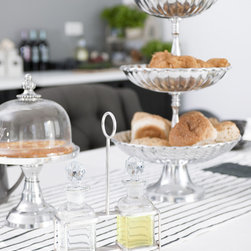 Table setting -