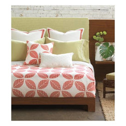 Estefan Bedset - Take a plunge into the coral pink and ocean-green hues of the tropical Estefan. Block printed seahorses, created by hand in our Chicago studio, dance alongside crisp linens and lively patterns. For those of us who enjoy the tranquility of vacation at home, Estefan is a charming addition to a peaceful home décor.