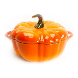 Staub 3.5-Quart Orange Pumpkin Dutch Oven - A perfect and fun dutch oven to use through the fall and winter!