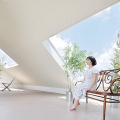 contemporary patio by Kentaro Kurihara