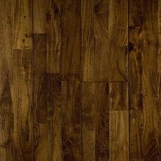 Traditional Hardwood Flooring by simpleFLOORS San Jose