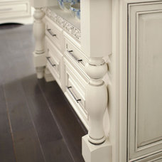 Traditional Kitchen Islands And Kitchen Carts by MasterBrand Cabinets, Inc.