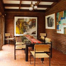 Contemporary Dining Room by Carolina Katz + Paula Nuñez