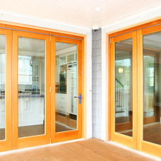 Traditional Screen Doors by Odenza Homes Ltd