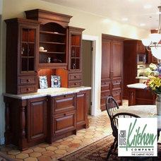 Mediterranean Kitchen by San Luis Kitchen Co.