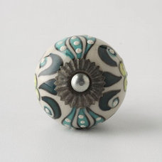 eclectic knobs by Rebekah Zaveloff | KitchenLab