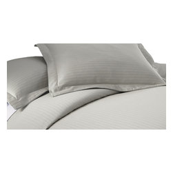 800 Thread Count Damask Stripe 3-piece Duvet Cover set Queen Grey - Add an elegant touch to your bedroom with this exquisite 800 thread count 3-piece duvet set. Made from 55-percent cotton and 45-percent polyester, this set is available in a variety of colors that will perfectly complement your current bedroom decor. This set is machine washable for easy care and repeated use