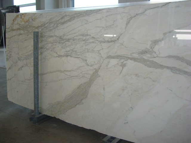 Traditional Kitchen Countertops by Garfield Tile Outlet Inc.
