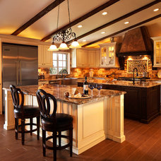 Traditional Kitchen by Karmichael's Cabinetry, Inc