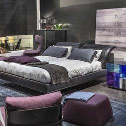 Vela Bed by Natuzzi Italia -