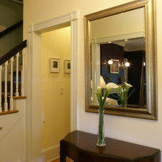 Traditional Entry by Cummings Architects