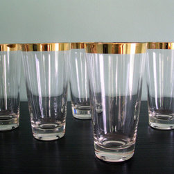 Vintage Gold Rimmed Wide Band Highball or Tumbler Glasses- set of 5 - Okay, so it's a set of five which could throw off the symmetry with the dinner party invite list. Or, I could see these used as a centerpiece. Running down the center of the table, you could fill with flowers but I'd be inclined to fill with sparkling water and float a tea light in each one.