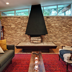 contemporary family room by Stuart Sampley Architect