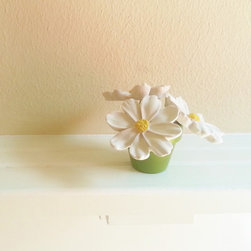 """Modern Home Decor - These mini daisy sculptures measure 2.25"""" tall ans 2.25"""" wide"""