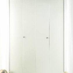 "DUNBARTON CORPORATION - The Flush Metal Bi-fold Door 60"" x 96"" 4-Panel Style - Slim fold - (Non-Handed) Ivory. Baked Enamel. 24 Gauge Steel. Complete Track and hardware included. The Flush 4 Panel Style. Finished opening size: 60"" x 96"". Actual Door Size: 59"" x 93-3/4""."
