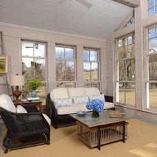 Traditional Porch by Barlis Wedlick Architects, Hudson River Studio