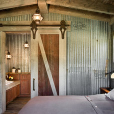 Locati Home - Recent Projects - Residential - Springhill Farmhouse