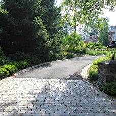 Entry Piers, Driveway Piers, Custom Piers of Brick & Stone with Lighting NJ