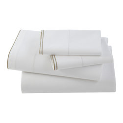 Kassatex - Kassatex Fiesole Collection Queen Fitted Sheet, Linen - You won't need to sleep on this decision to come to the right conclusion. The enduring softness and sumptuous appeal of fine bed linens ensure that you will  always retire comfortably, resting in the knowledge that you made a particularly wise, long-term investment.