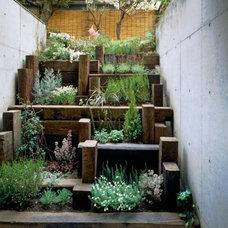 layered wood planter : urban outdoors | 5 Home + Garden
