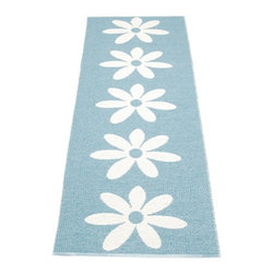 Pappelina - Pappelina Lilo Plastic Runner, Misty Blue - This  rug from Pappelina, Sweden, uses PVC-plastic and polyester-warp to give it ultimate durability and clean-ability. Great for decks, bathrooms, kitchens and kid's rooms. Turn the rug over and the colors will be reversed!