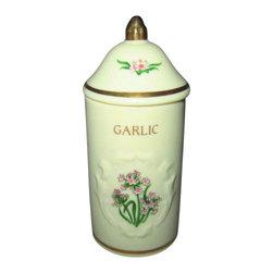 Lenox - Lenox Spice Garden (Giftware) Spice Jar - Garlic - Lenox Spice Garden (Giftware) Spice Jar - Garlic