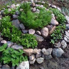 herb spiral by Sweet Local Farm, via Flickr | 5 Home + Garden