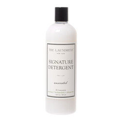 Unscented Signature Detergent - 16 oz - A cost-effective concentrate of a scientifically-evaluated laundry product that lets you care for your linens and garments as the most luxury fabrics deserve, Unscented Signature Detergent from The Laundress is fragrance-free for a neutral freshness.  This luxury laundry detergent is also free of chemical bleach (it contains a natural alternative) and non-biodegradable toxins, making this choice both efficient and responsible.